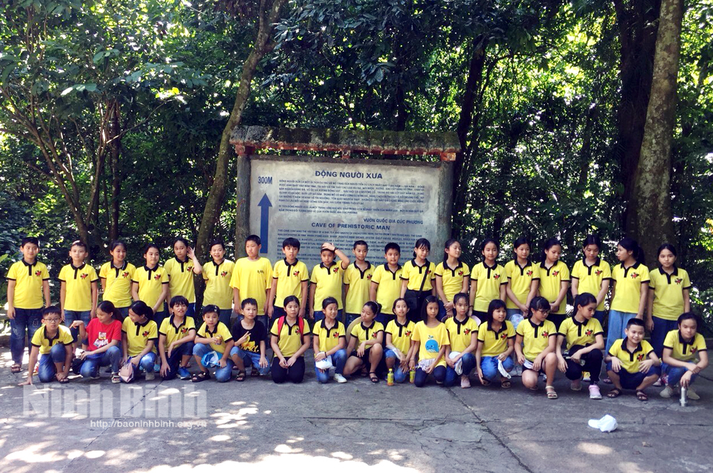 Tourism combined with education on natural conservation in Ninh Binh