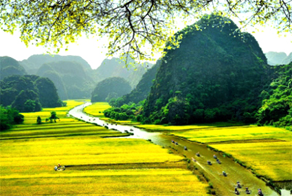 Ninh Binh continues to host National Tourism Year 2021