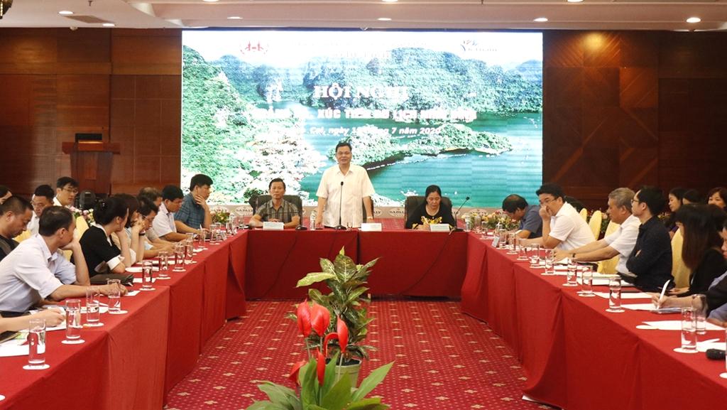 Lao Cai, Ninh Binh foster tourism links