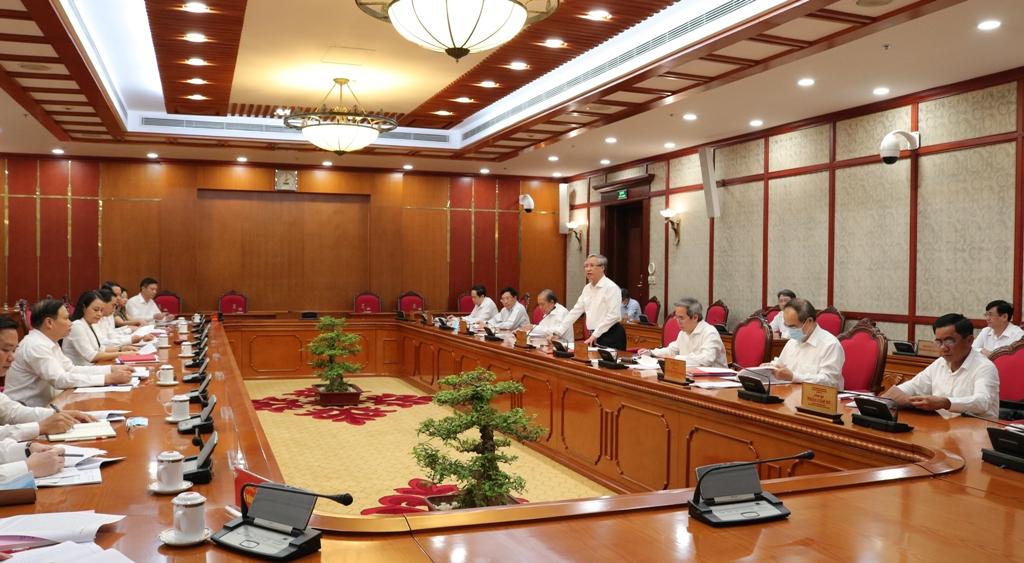 Politburo, Secretariat work with Ninh Binh on Party Congresses