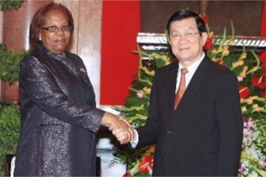 VN Angola enhance science technology linkages