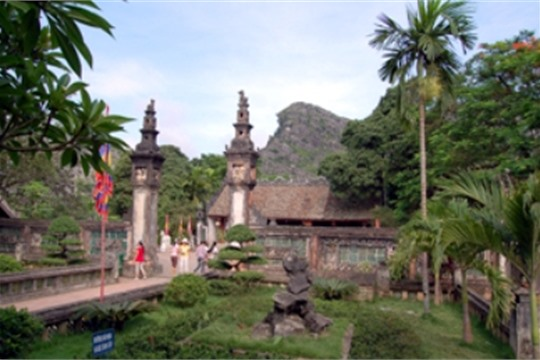Hoa Lu Ancient Capital to Restore Cultural and Historical Sites of Vietnam s Great Value