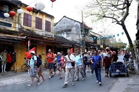 Vietnam welcomes over 1 5 million foreign visitors in January