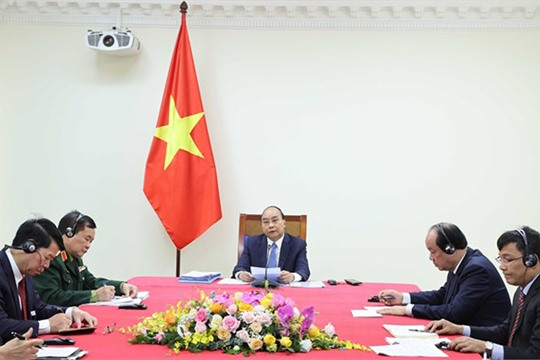 Vietnamese Cambodian PMs hold online talks to intensify relations