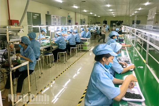 Ninh Binh develops support industries