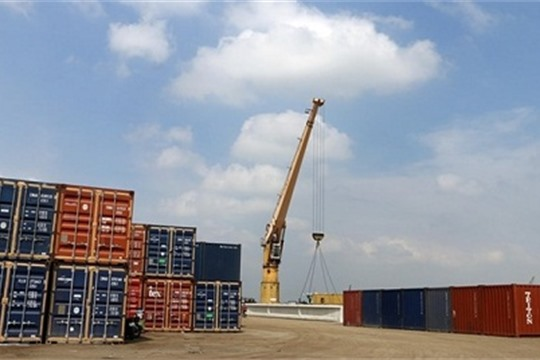 Vietnam s exports surge 4 7 percent in four months