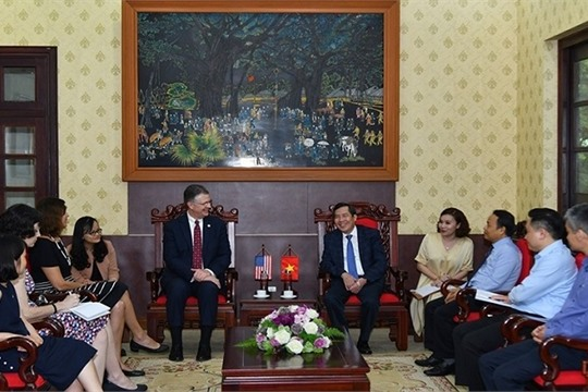 Strengthening Vietnam US press cooperation