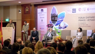 VN-France Business Forum kicked off in HCMC