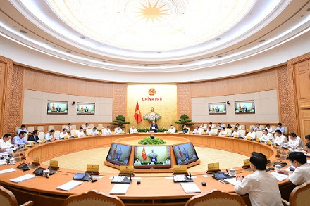 Cabinet discusses ways to realize socio-economic development targets amid COVID-19 outbreak